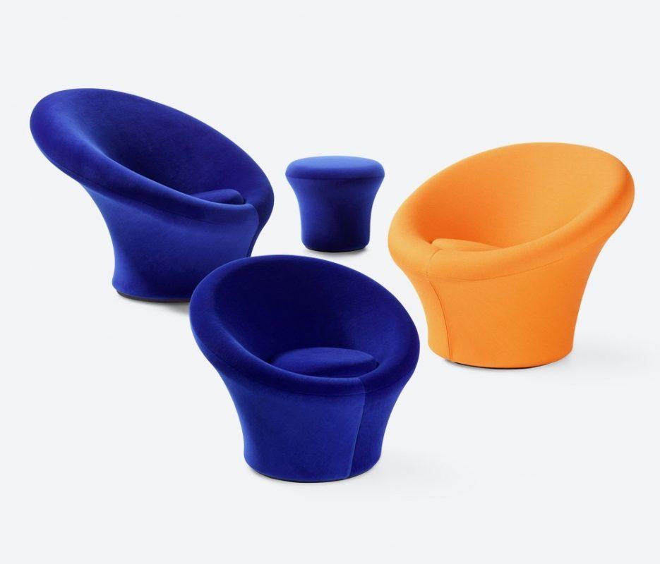 sillones de setas azules y naranjas